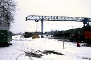 Мостовой кран на перевалке